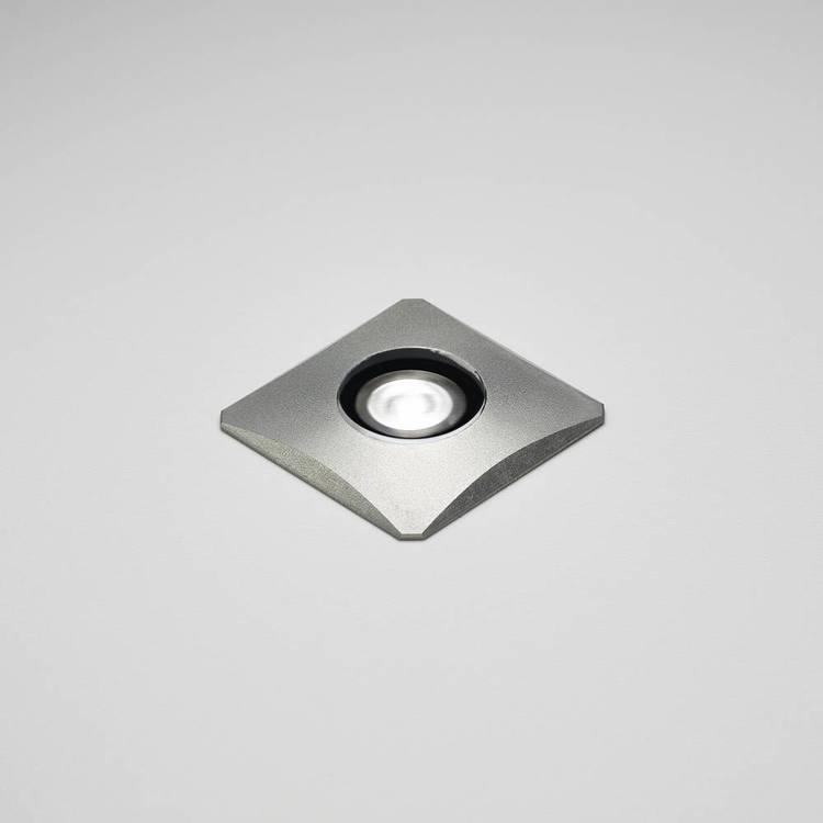 Mini Q från Puraluce, liten snygg LED spot för allehanda applikationer