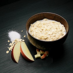 REAL Light Meal Porridge with Apple and Cinnamon