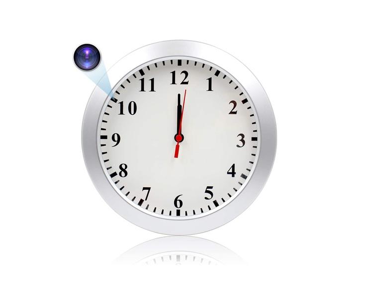 Dold Kamera i form av vägghängd klocka