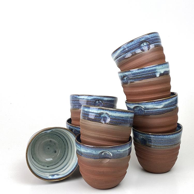 Handdrejad mugg från www.hembrant.se. Köp i butik eller online! Tillverkad i Varberg.