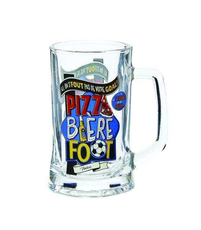 Ölglas med texten pizza, beer och foot.
