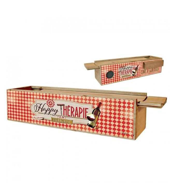 Låda i trä med skjutbart lock för salamikorvar.