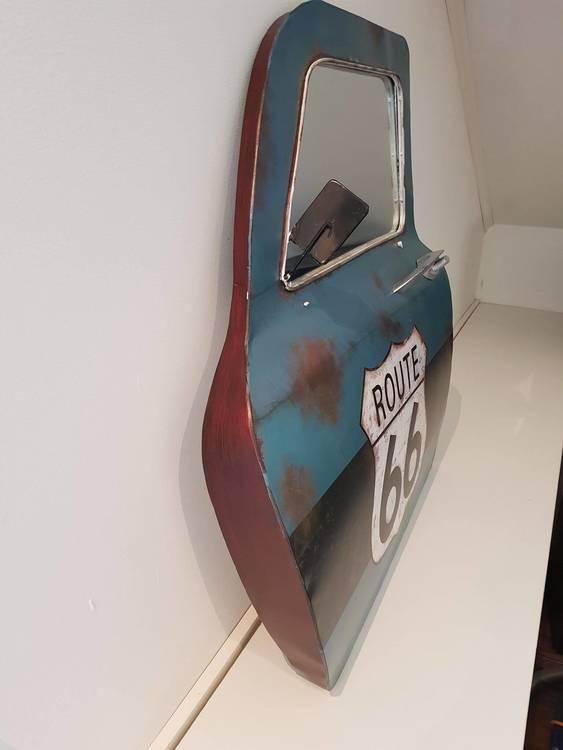 Bildörr att sätta på väggen med spegel i.