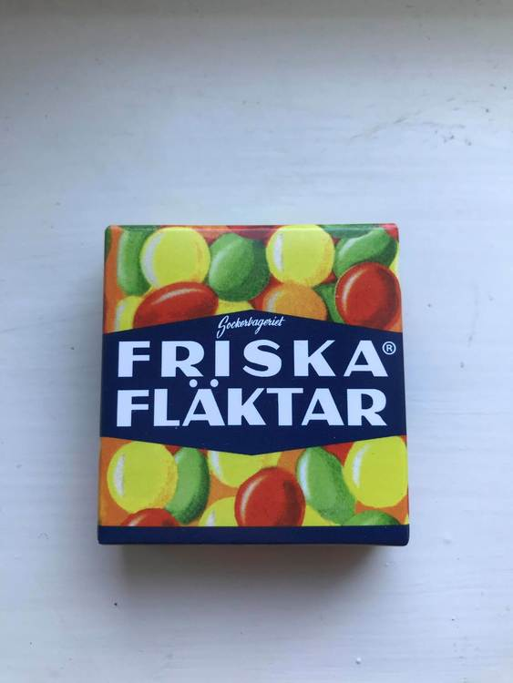 Fruktpastiller i tablettask, friska fläktar, retrogodis.