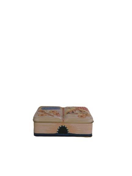 En bokburk i plåt för kakor.