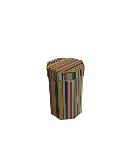 Ränder och olika färger på denna 8 kantiga plåtburk.