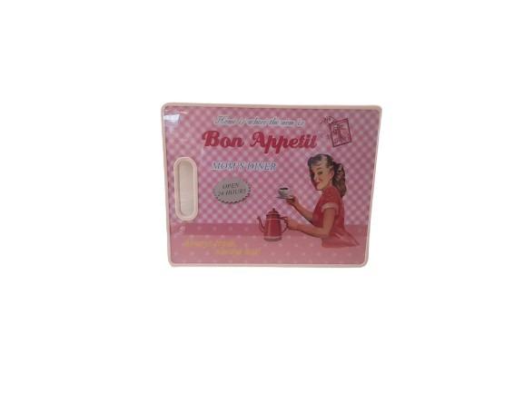 Rosa skärbräda i plast, bon appetit och i retrostil.