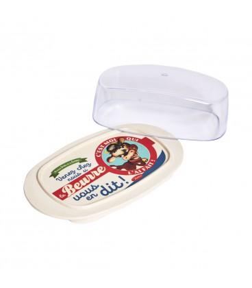 En söt liten bricka i bambu för smör eller en mindre ost, plastlock på.