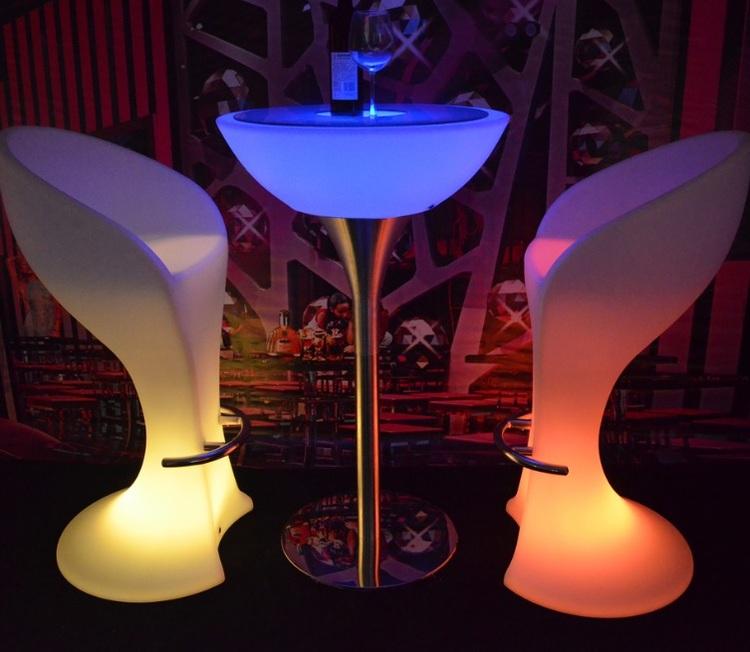 ตารางยืน RGB LED ค็อกเทล - แบบชาร์จไฟได้