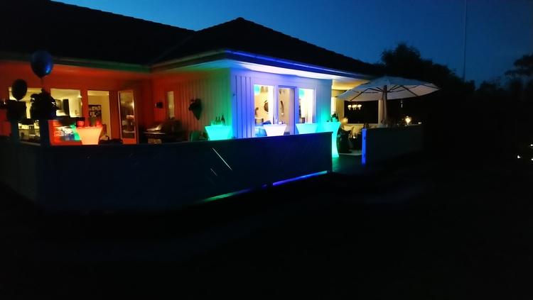 เช่าแท่นวาง / บาร์ - LED RGB แบบชาร์จไฟได้