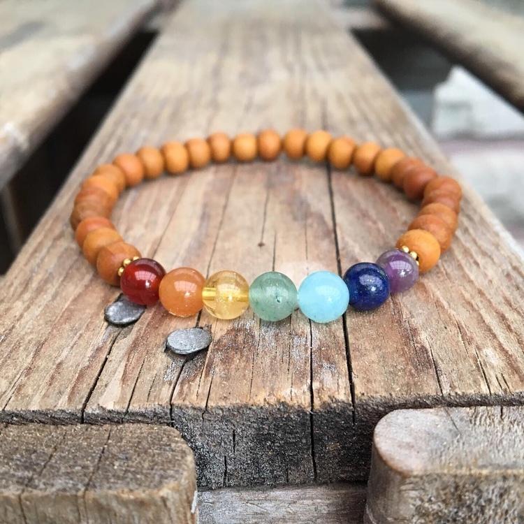 Armband – Chakra & sandelträ