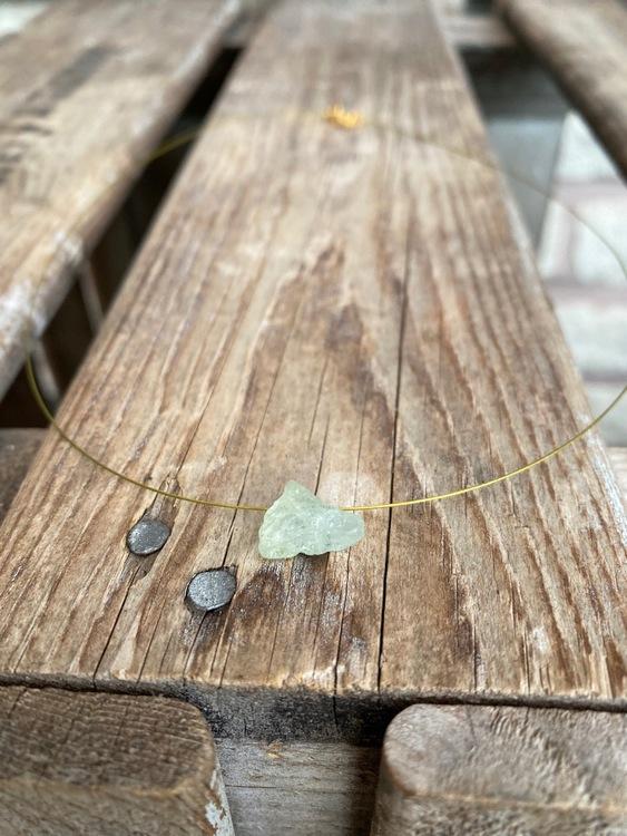 Kort wirehalsband – Akvamarin