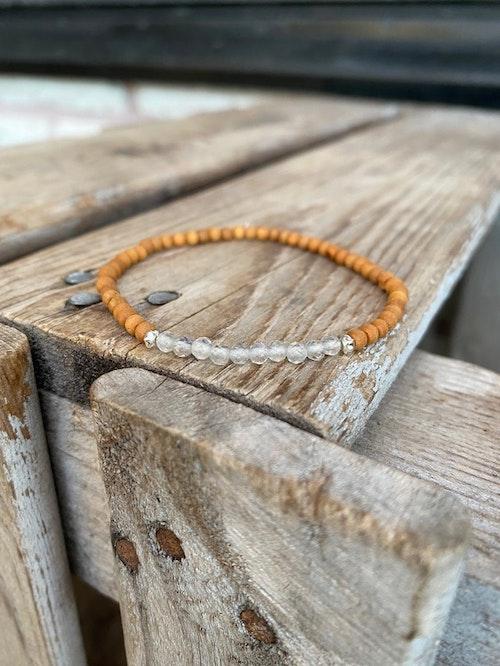 Armband – Facetterad labradorit & sandelträ