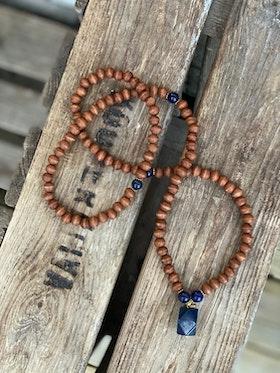 Långt halsband – Lapis & trä