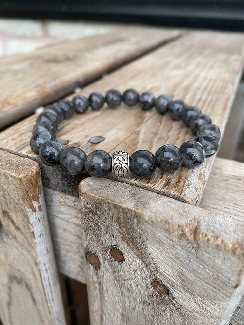 Armband – Larvikit & silverpärla