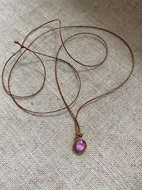 FYND – Halsband med berlock