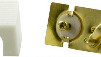 DELTACO antennkontakt, 9,5mm hane, vinklad, skruvmontering, guldpläterade kontakter