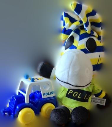 Zonny med Polisbil