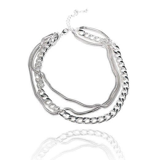 Treradigt silverfärgat armband