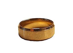 Kraftig guldfärgad stålring