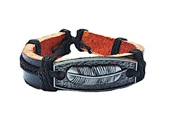 Läderarmband med fjäder