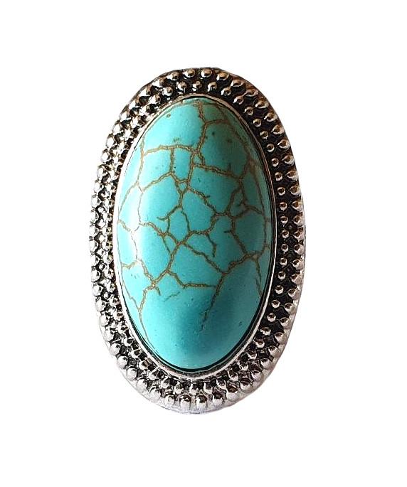Antikfärgad ring med turkos sten