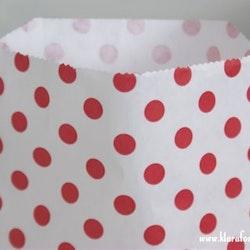 Presentpåse 10 st  - vit och rödprickig