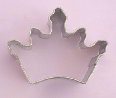 Miniatyrform - kakmått, tiara