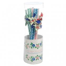 Rambling Rose - windmill straws