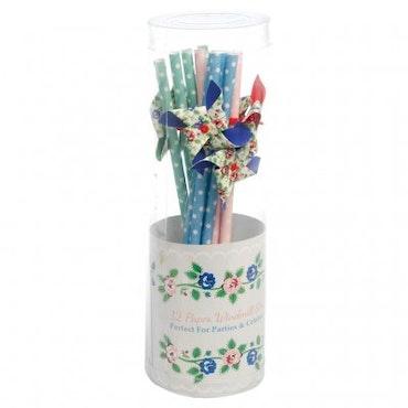 Rambling Rose - windmill straws