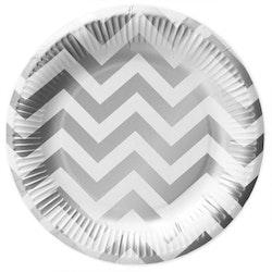 White silver paper plates