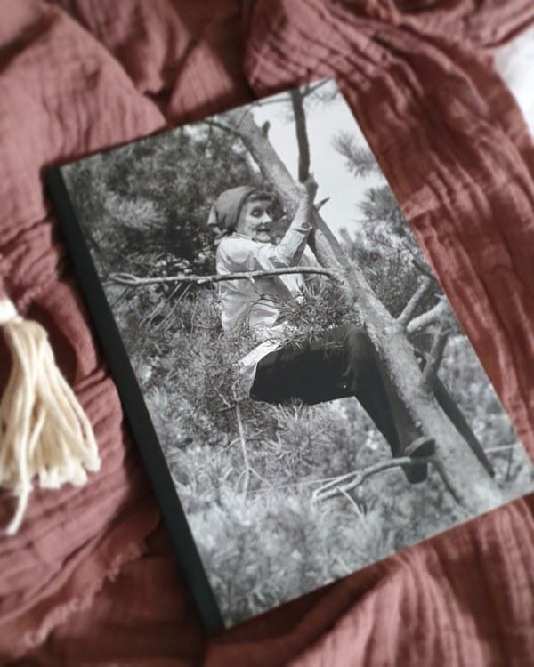 Rit och skrivbok Astrid klättrar