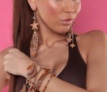 Bohemiskt armband brun