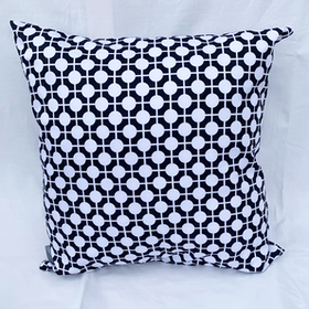 Pillow Hiddenshe Black/White
