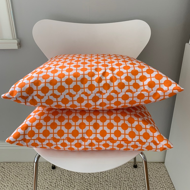 Pillow Hiddenshe White/Orange