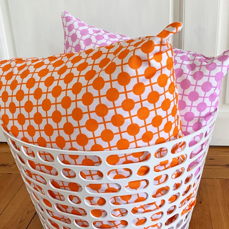 Pillow Hiddenshe White/Pink
