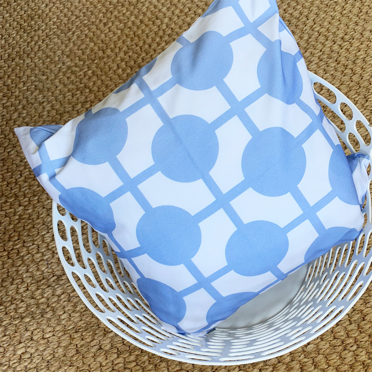 Pillow Hiddenshe White/Blue