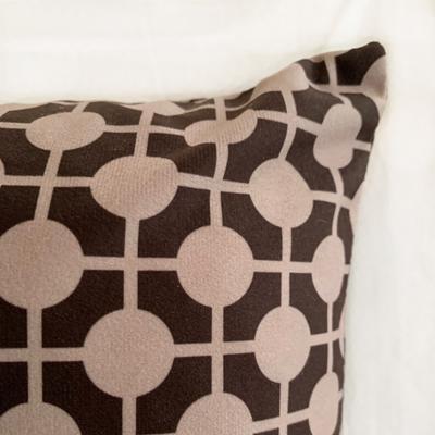 Pillow Hiddenshe Velvet