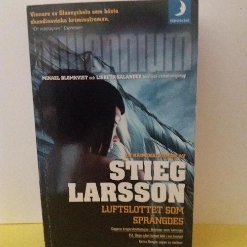 STIEG LARSSON LUFTSLOTTET SOM SPRÄNGDES
