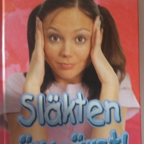 SLÄKTEN ÄR VÄRST   CAROLINE B. COONEY  BEGAGNAT