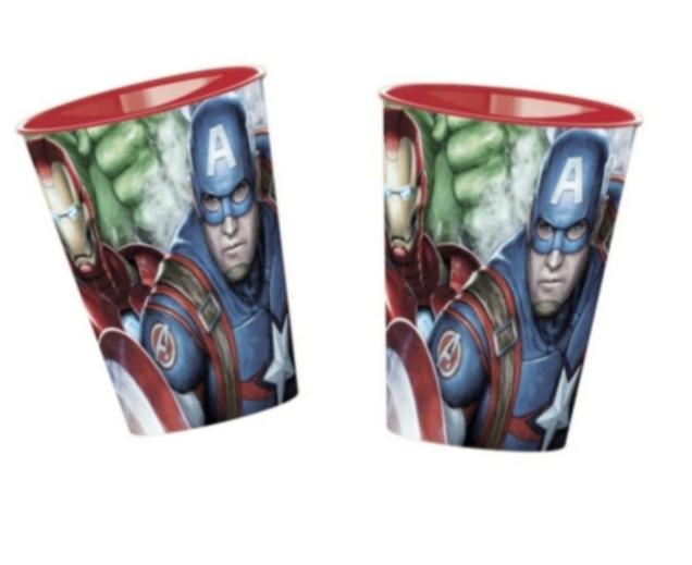 2 STYCKEN Plastmugg Avengers