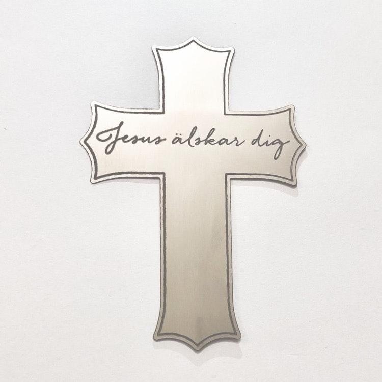 Korset - Jesus älskar dig. Finns i Kristna designbutiken.