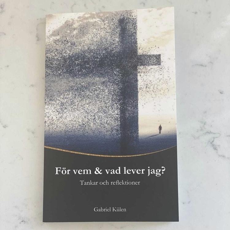 Boken: För vem och vad lever jag? Finns i Kristna designbutiken.