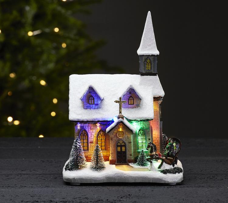 Julkyrka med fina detaljer - finns i Kristna designbutiken