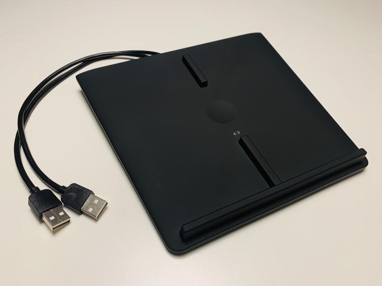 Trådlös (QI) mobiltelefonladdare för Model 3 (svart)