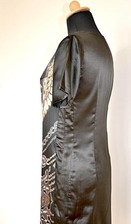 Sidenklänning med häftigt mönster - Bambukläder hos PURA of Sweden 8476a0fcb27e5