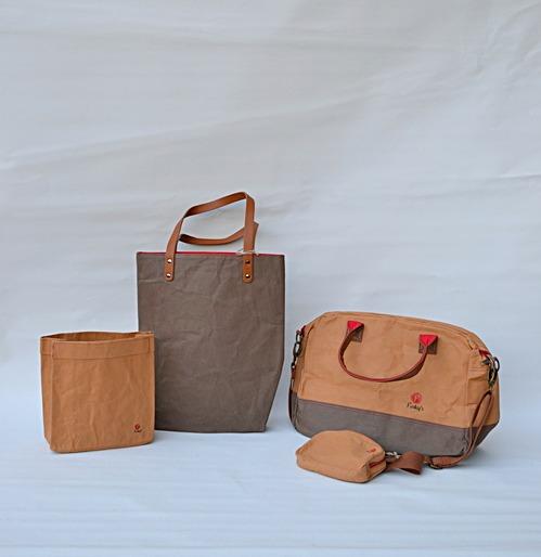 Väska i papper och latex, marknadens nyaste material. läder-lool-alike
