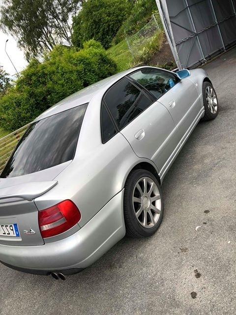 Audi A4 sedan med solfilm