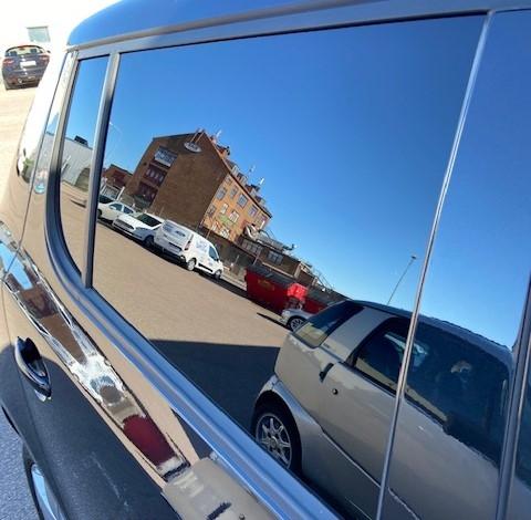 Hur ser det ut med 95% film inifrån bilen?