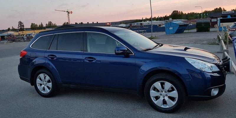 Subaru Outback med solfilm